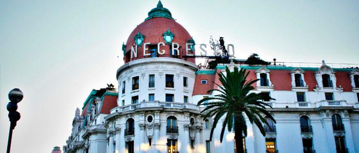 L'anglais, indispensable pour travailler dans l'hôtellerie à Nice