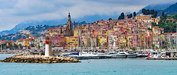 Pourquoi la maîtrise du Russe peut vous aider sur la Côte d'Azur ?